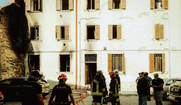 Esplosione in edificio a Verona, due feriti, uno grave