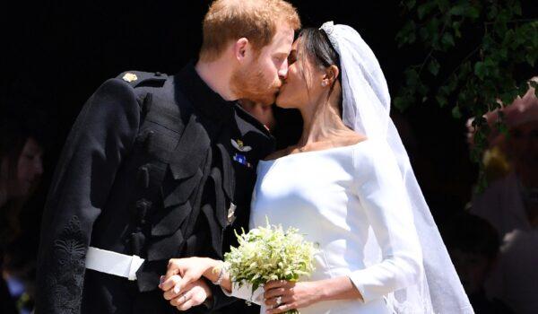 Il Principe Harry, «ferito» dalla cancellazione di Meghan Markle dalle foto regali