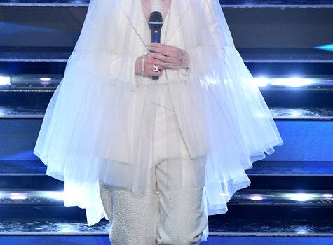 Sanremo: a Madame premio Miglior testo 'Sergio Bardotti'