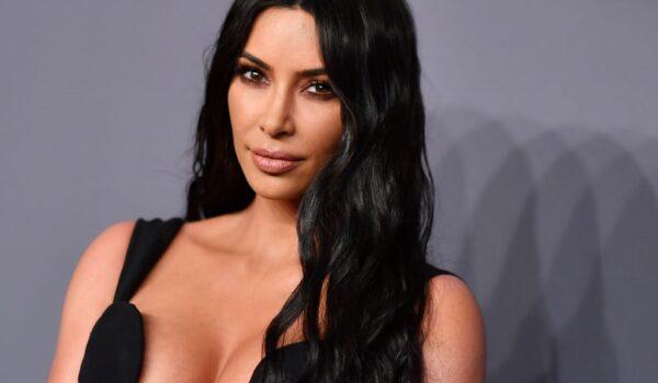 Kim Kardashian serena con i figli dopo il divorzio da Kanye West e gli altri gossip del weekend
