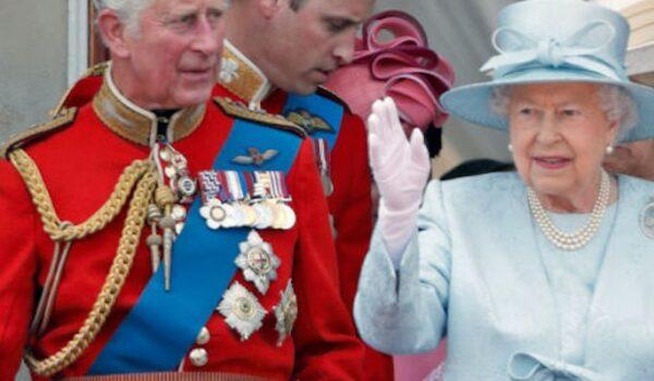 Le foto inedite del principe Filippo con i bisnipotini e gli altri gossip della settimana