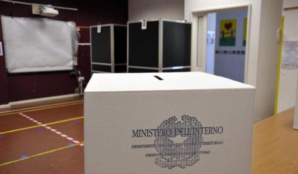 Elezioni: alle ore 15 chiusi i seggi