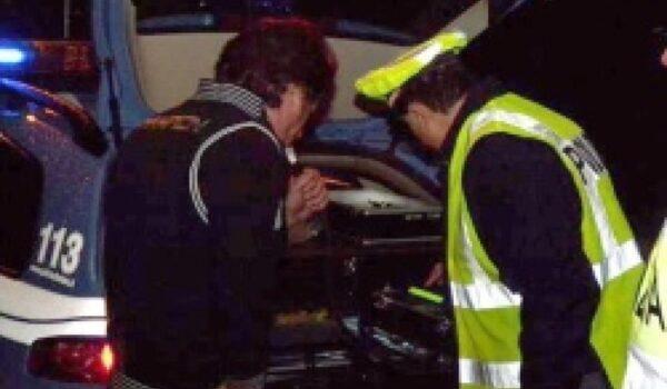 Ubriaco in contromano su A4 fermato da polstrada