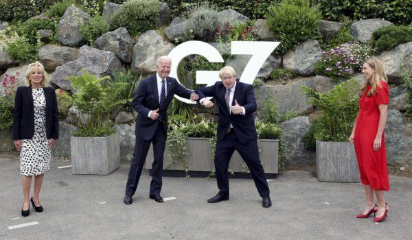 Il «nuovo» figlio di Boris Johnson e tutti gli altri gossip del weekend