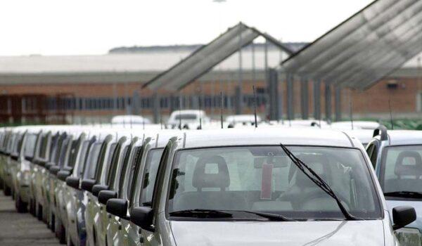 Mancano gli incentivi, a luglio immatricolazioni auto a -19,4%