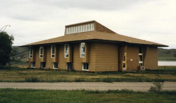 Canada: Chiesa cattolica chiede scusa per abusi su nativi